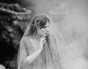 "Wedding ""Isadora Crown"", bridal headpiece, hairvine, flower crown, vintage hairstyle, Made in italy"