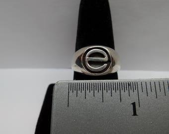 "Vintage Sterling Silver ""E"" Ring / FDM"