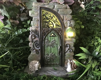 Miniature Solar Fairy Door - Erin Green - Lights up!!