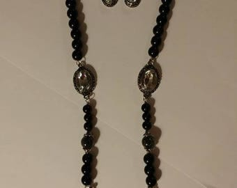 Night Out On The Town Black Beaded Teardrop Necklace with Matching Earrings
