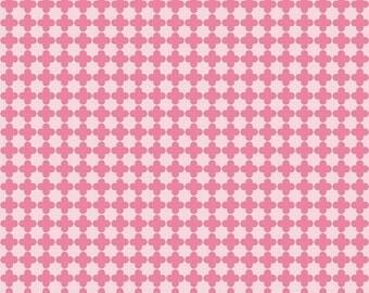 Mini Quatrefoil in Pink/Hot Pink for Riley Blake - 1/2 yard