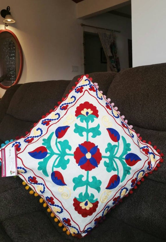 Suzani pillow cover, Boho couch cushion, boho accent pillow, Boho bed pillow, couch pillow, Gypsy pillow, xmas gift for her, Bohemian patio