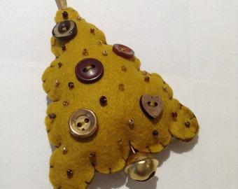 Christmas Tree- hand sewn felt ornament