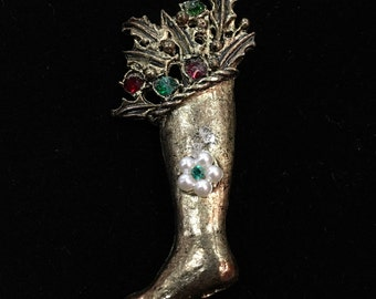Vintage Gold Tone Christmas Stocking Pin with Holly & Rhinestones