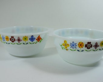 2 Vintage Phoenix Opalware Serving Bowls with Flowers, Vintage 1960's Milk Glass Bowls, Retro 1960's Pyrex Bowls, 2 Flower Power Bowls