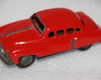 Vintage toy car vintage tin toy cr made in Japan Studebaker or Buik? vintage toy red tin toy car friction tin toy car old toy car