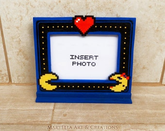 Pacman wood picture frame