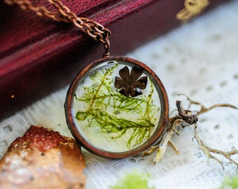Real Moss necklace, Terrarium jewelry, Real flower necklace, botanical necklace, resin pendant,fairy garden, boho necklace, gift for her