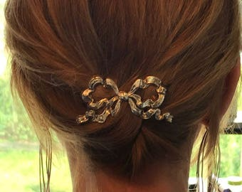 Glorious 1950s Golden Glamour Bow Hair Clip - Made in England
