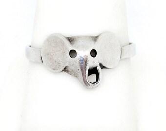 Cute Vintage Elephant Ring