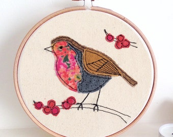 Robin embroidery hoop framed wall art picture gift, personalised stitched fabric applique. Bird nature wildlife textile art