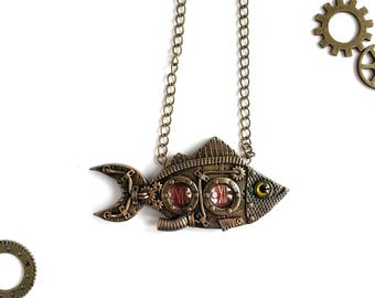 Steampunk Fish Pendant. Steampunk Fish necklace. Steampunk Jewelery. Victorian Style. Industrial. Dieselpunk. Polymer clay jewelry