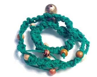 Acorn Closure Hemp Necklace