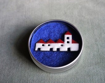Row of houses/cottages enamel brooch/pin