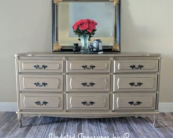 Vintage metallic Champaign French Provincial 9 drawer dresser and nightstand