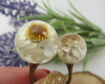 Resin flower ring, double ring, fairytale gift, dried flowers, resin ring, gift for her, resin jewelry, Vintage ring, resin rings, ball ring