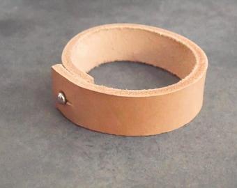 leather bracelet, leather cuff, womens bracelet, ivory leather cuff, leather jewelry, cuff bracelet, ivory bracelet, boho bracelet, for her
