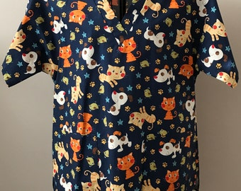 Cute Cats & Dogs Scrub Top - Size Large