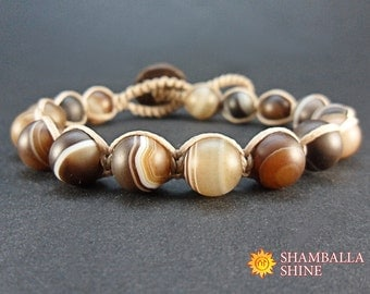 Natural agate bracelet Beige brown jewelry Brown gemstone beads Wood button jewelry Unisex bracelet gift Light brown beads Bracelet on clasp