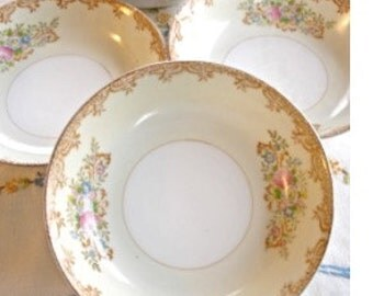 China Berry Bowls, Vintage China Bowls, Set of 4 Dessert Fruit Bowls, Floral China Bowls, Cottage Decor, Tea Party China Shower Party Dishes