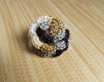 crochet rose pin, gifts under 10, flower brooch, gift for women, rose pin, crochet rose brooch, gifts for her, womens gift, crochet brooch