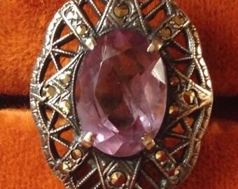 Beautiful vintage amethyst sterling silver ring