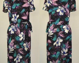 Vintage size 10 floral 80s dress with tie side tee overlay and elasticated waist