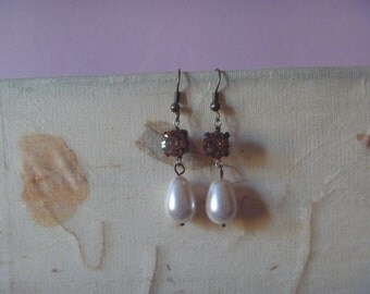 vintage dangle earrings with fake pearl and rhinestone