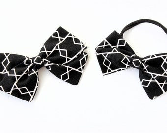 Baby Bow, Toddler Bow, Black and cream geometric