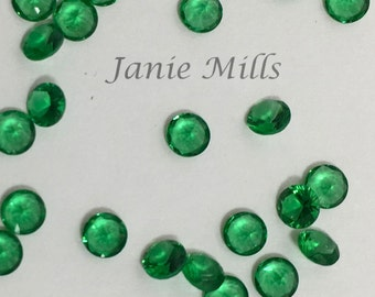 Emerald faceted gemstone 3mm round pkg of 4