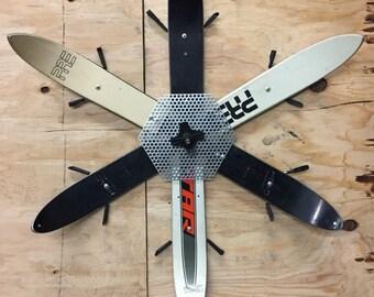 Black & White Ski Flake