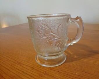 EAPG handled mug Rose in Snow