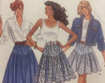 Butterick no.6371 Misses Flared Skirt 1980s Sewing Pattern, Shaped Yoke, Size 12-14-16, Uncut - Vintage