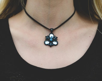 Black and Blue Pendant Choker Necklace