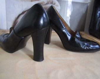 Vintage 90s Casadei heels leather pumps leather shoes high heel 36