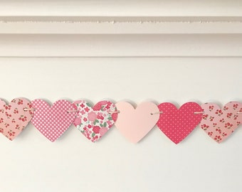 Heart Garland, paper heart garland, Valentine's Day garland, baby shower garland, bridal shower garland, red and pink garland