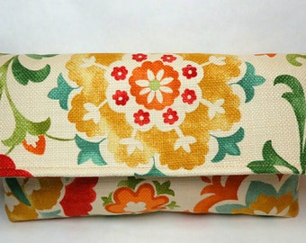 Floral clutch purse - envelope clutch - fabric handmade bag - floral bag - bags and purses - girlfriend gift - gift for Mom - floral purse