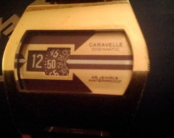Vintage Caravelle Mens 25 Jewels Automatic Watching Vert Good Condition