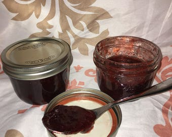 Wide mouth 8oz strawberry jam