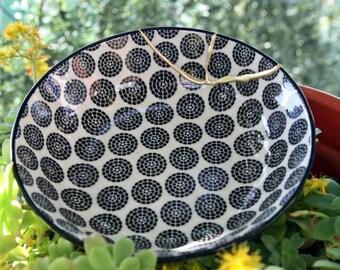 KINTSUGI BLACK BOWL, Kintsugi oriental porcelain bowl. Butterfly Collection # 9