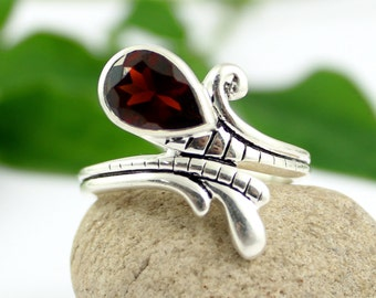 Garnet Ring, Garnet Stone Ring, Garnet Gemstone, Garnet Jewellery, 925 Sterling Silver, Handmade Ring, Women Designer Ring, Unique Ring