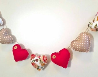 Hand Made Shabby Chic 7 Heart fabric Garland Bunting Beige & Red Vintage Rose Floral