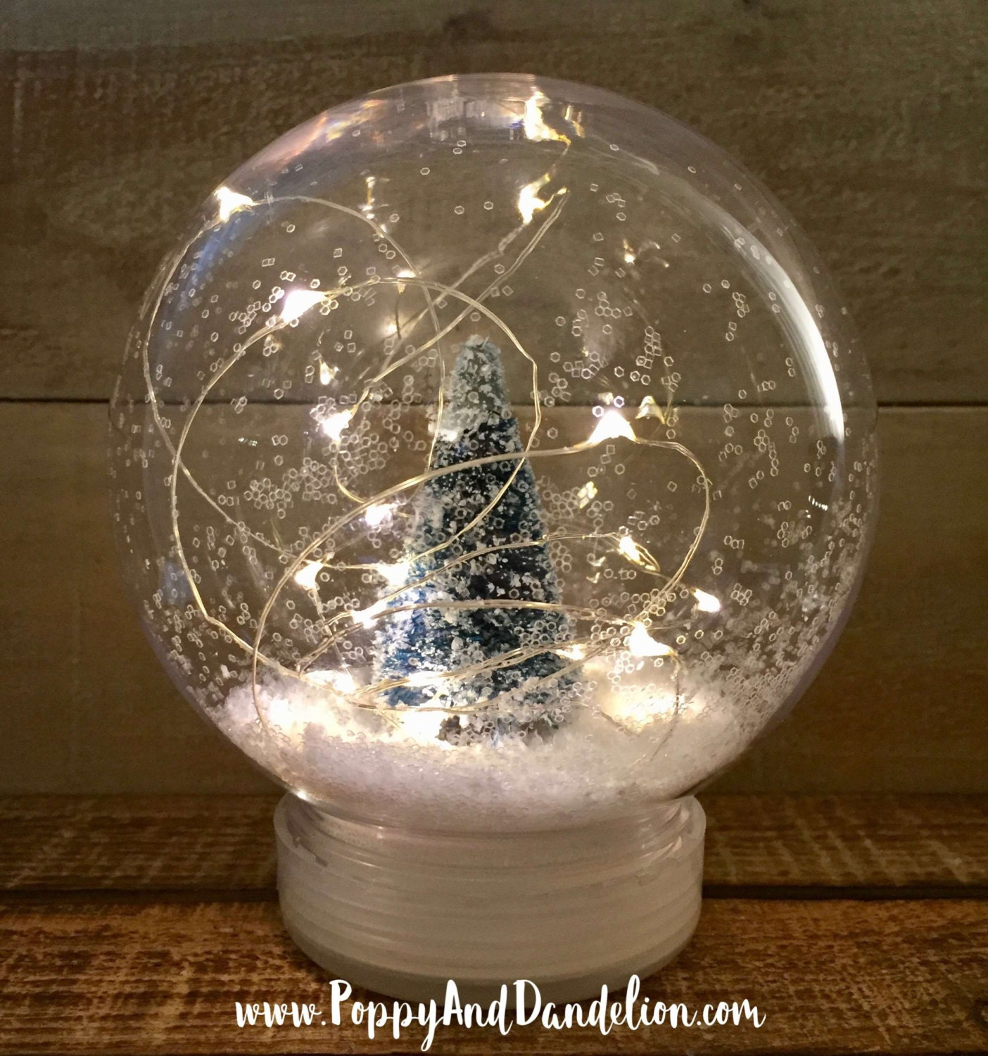 World globe christmas ornaments - Plastic Snow Globe With Led String Lights