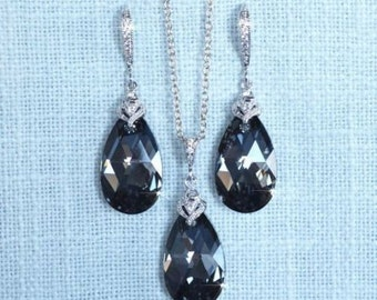 Handmade Swarovski Silver Night Crystal Necklace & Earrings Set (Sparkle-2693)
