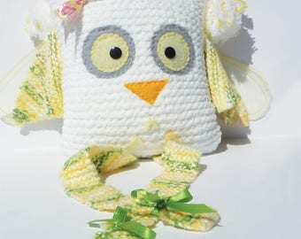 Cute little OWL white and yellow