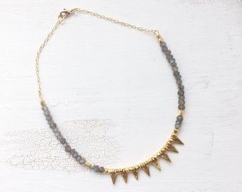 Little Labradorite arrow Choker | Gemstone chain | Boho Gypsy Nomad jewelry | Arrow triangle | Gold gift |