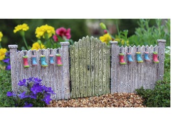 """Fairy Garden Gate with Boot Planters, 3 3/4"""" Tall"""