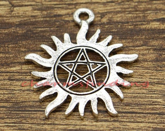 10 Pentacle Charms Pentagram Sun Wicca Antique Silver Tone Charms 38x34mm cf2316
