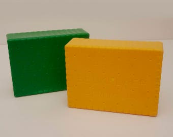 Vintage Plastic cookie Boxes in Yellow and Green by De Beukelaer set of 2 1970's, Funny Lunch Box for Kids or Picnic