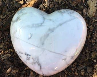 Howlite Puffy Heart 74g